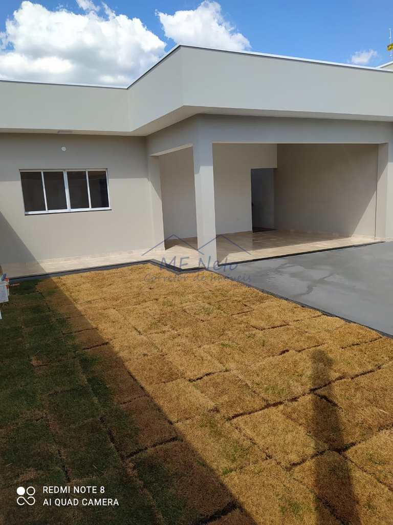 Casa em Pirassununga, no bairro Jardim Kanebo