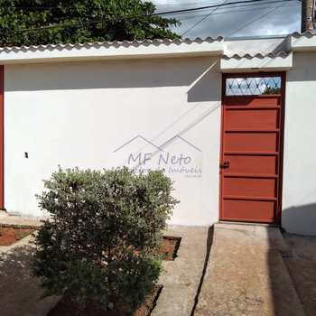Casa em Pirassununga, bairro Vila Malaquias