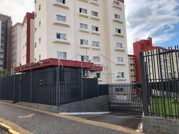 Apartamento, código 10131969 em Pirassununga, bairro Rosário