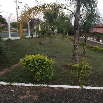 Chácara em Pirassununga, bairro Vertentes do Mamonal