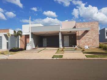 Casa de Condomínio, código 10131976 em Pirassununga, bairro Jardim Petrópolis