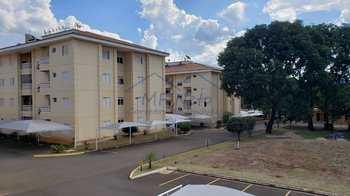 Apartamento, código 10131987 em Pirassununga, bairro Jardim Europa