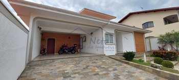 Sobrado, código 10131989 em Pirassununga, bairro Jardim Carlos Gomes