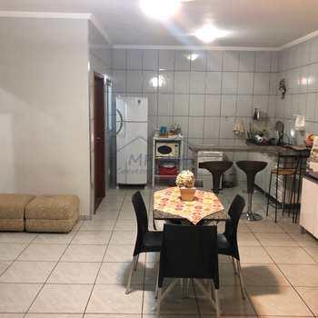 Casa em Pirassununga, bairro Jardim Rosim