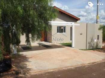 Casa, código 10132019 em Pirassununga, bairro Jardim Treviso