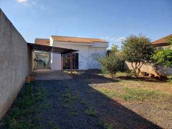 Casa, código 10132048 em Pirassununga, bairro Jardim Treviso