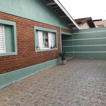 Casa em Pirassununga, bairro Jardim Verona