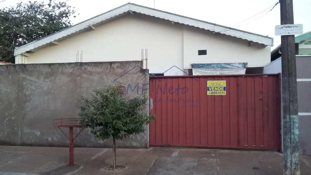 Casa em Pirassununga, no bairro Jardim Margarida