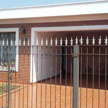 Casa em Pirassununga, bairro Vila São Judas Tadeu