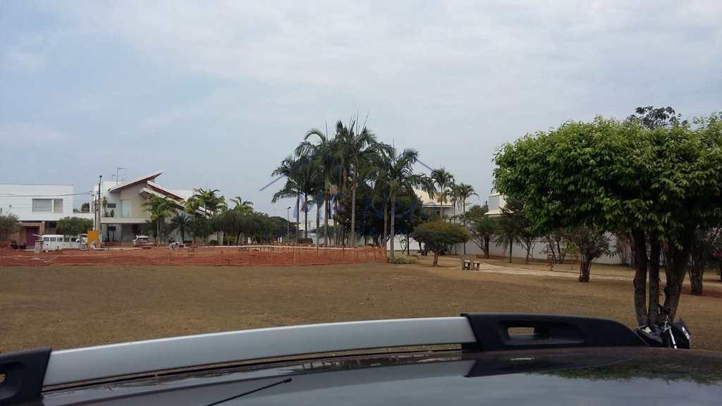 Casa de Condomínio em Pirassununga, no bairro Cidade Jardim