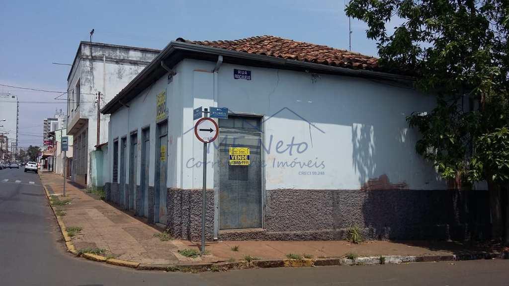 Salão em Pirassununga, no bairro Centro