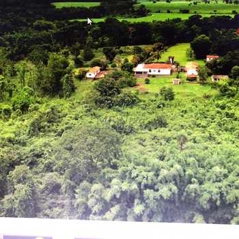 Chácara em Pirassununga, bairro Cachoeira de Emas