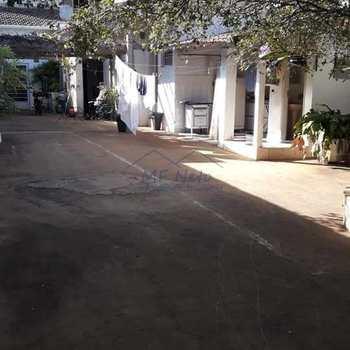 Sobrado em Pirassununga, bairro Centro