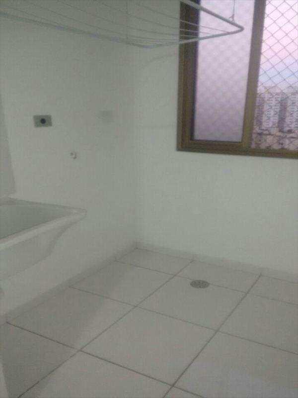 Apartamento em Taboão da Serra, no bairro Jardim Maria Rosa
