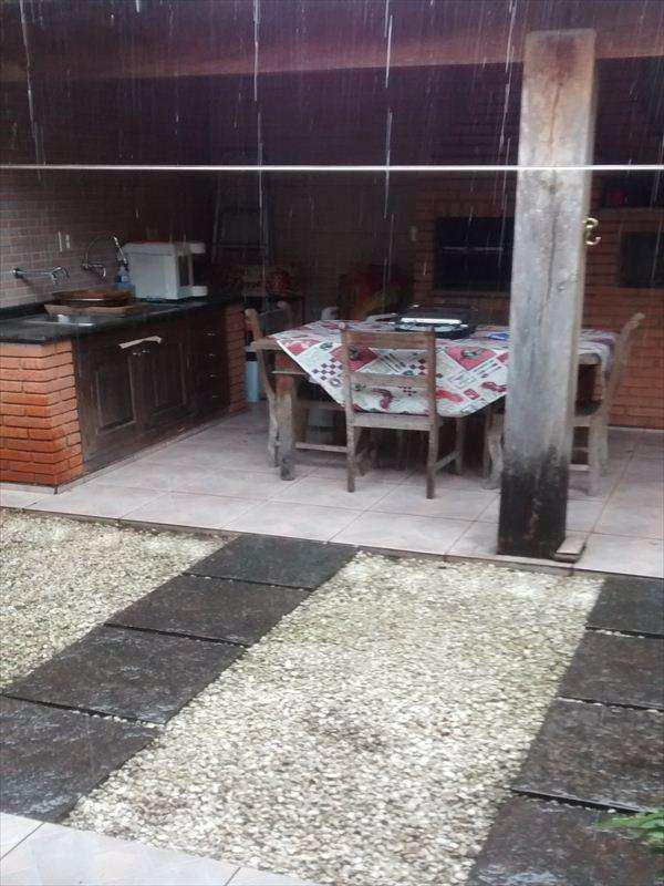 Casa em São Paulo, bairro Campo Limpo