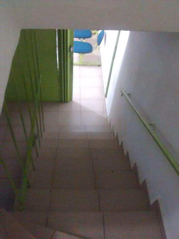 Sobrado em Taboão da Serra, no bairro Jardim Henriqueta