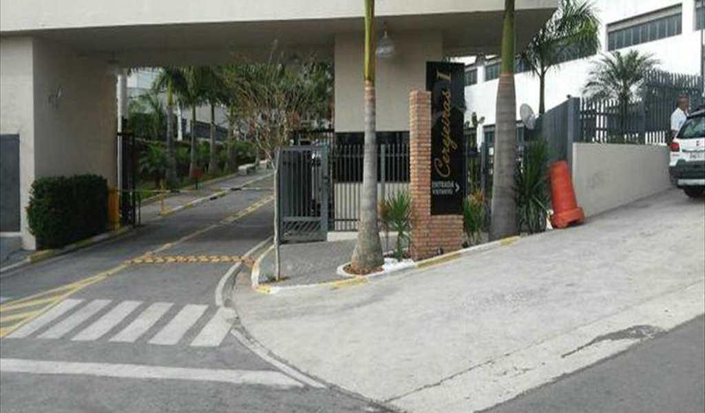 Apartamento em Taboão da Serra, bairro Centro