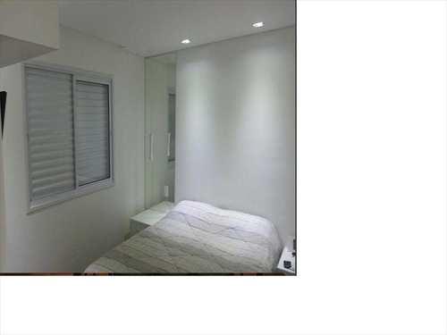 Apartamento, código 1000642 em Taboão da Serra, bairro Jardim Wanda