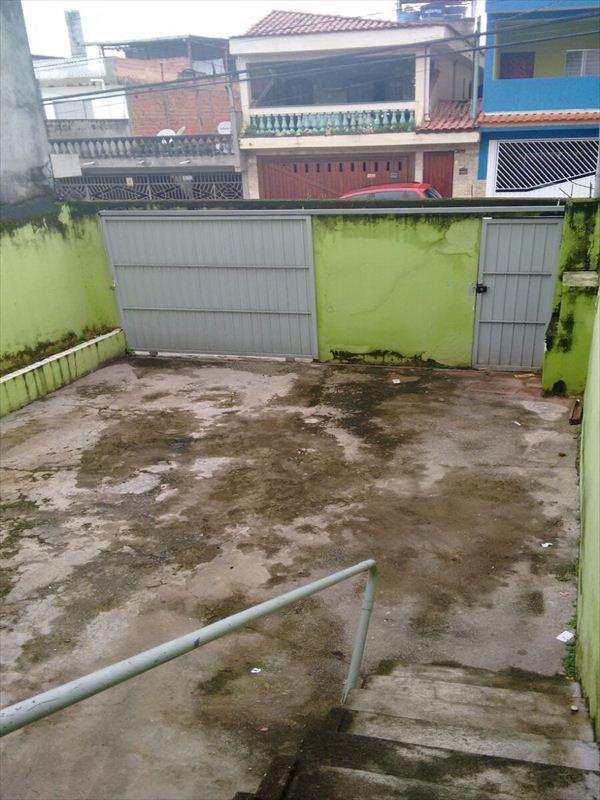 Sobrado em Taboão da Serra, bairro Parque Marabá