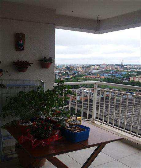 Apartamento em Taboão da Serra, bairro Jardim Wanda