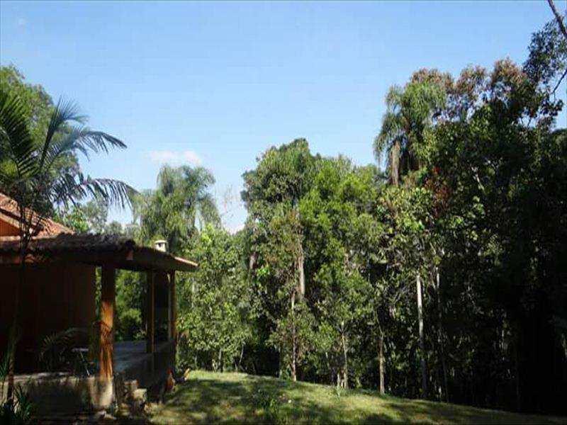 Chácara em Cotia, bairro Caputera