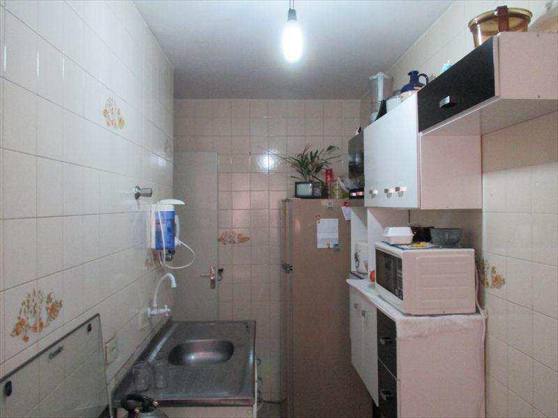 Apartamento em Taboão da Serra, bairro Jardim Roberto