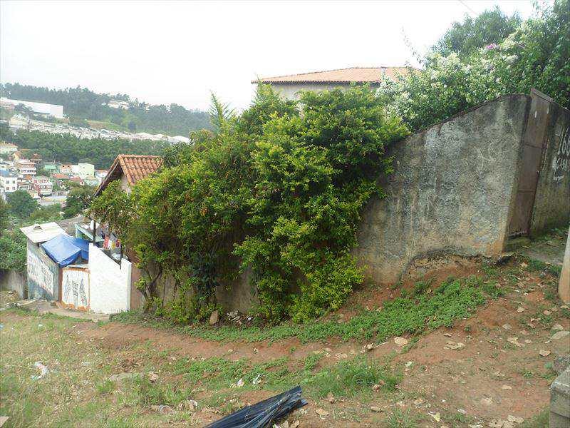 Casa em Embu das Artes, bairro Cercado Grande