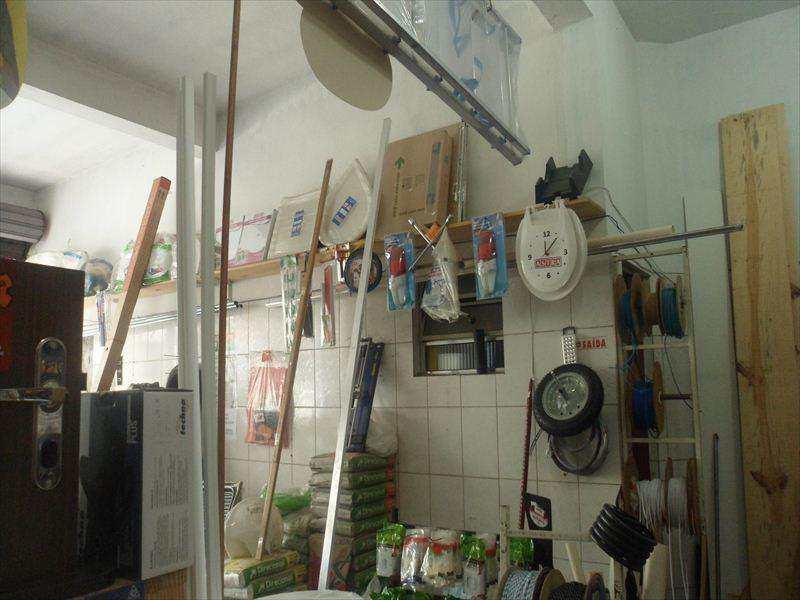 Loja em Taboão da Serra, no bairro Jardim Elizabete