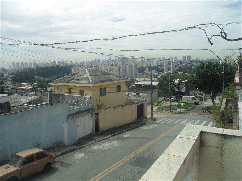 Sobrado em Taboão da Serra, bairro Jardim Maria Rosa
