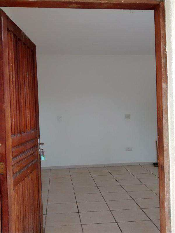 Casa em Taboão da Serra, bairro Jardim Wanda