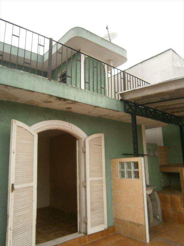 Casa em Taboão da Serra, no bairro Jardim Record