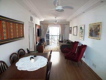 Apartamento, código 840 em Santos, bairro José Menino