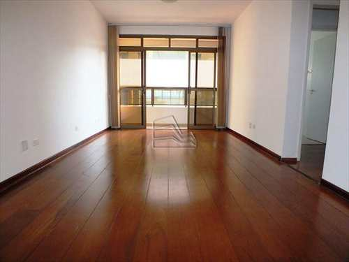 Apartamento, código 621 em Santos, bairro Embaré