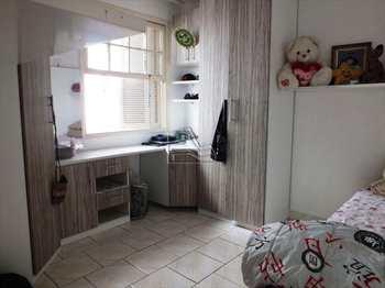 Apartamento, código 619 em Santos, bairro Encruzilhada