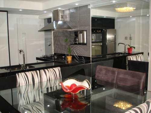 Apartamento, código 558 em Santos, bairro Gonzaga