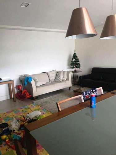 Apartamento, código 1050 em Santos, bairro Marapé