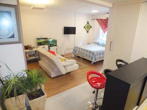 Apartamento, código 1097 em São Vicente, bairro Centro