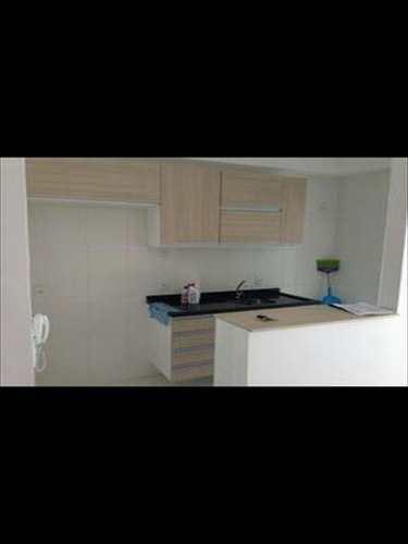 Apartamento, código 6627 em Santos, bairro Marapé