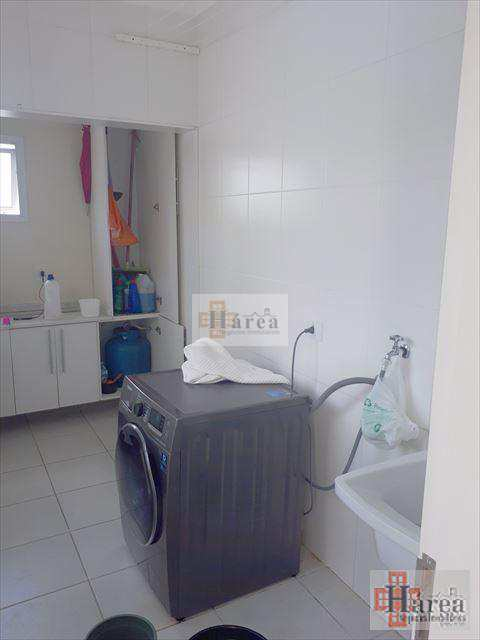 Sobrado de Condomínio em Sorocaba, no bairro Cajuru do Sul