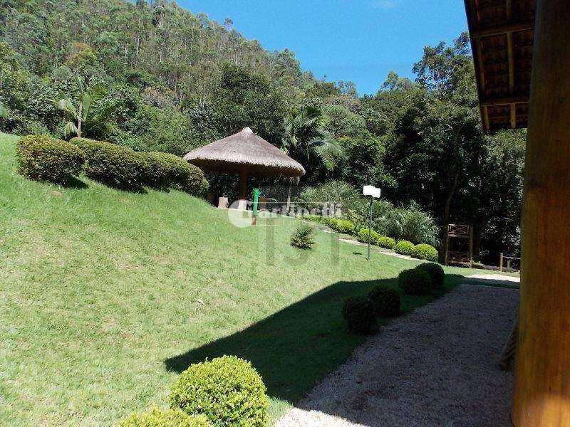 Condomínio em Santo Antônio do Pinhal, no bairro Rio Preto