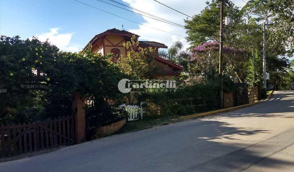 Sobrado em Santo Antônio do Pinhal, bairro Centro