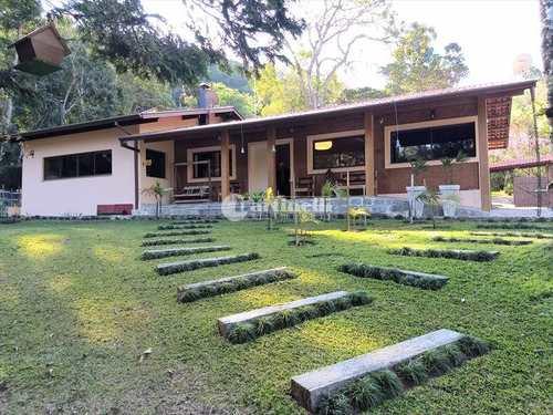 Casa, código 599 em Santo Antônio do Pinhal, bairro Centro
