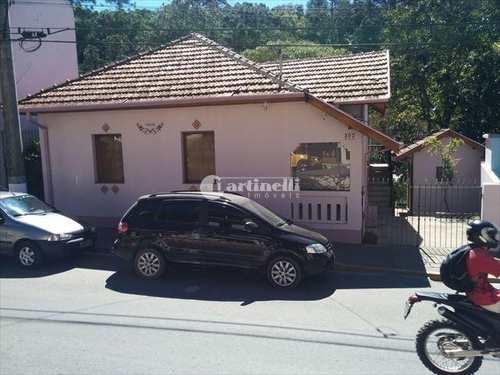 Casa, código 504 em Santo Antônio do Pinhal, bairro Centro