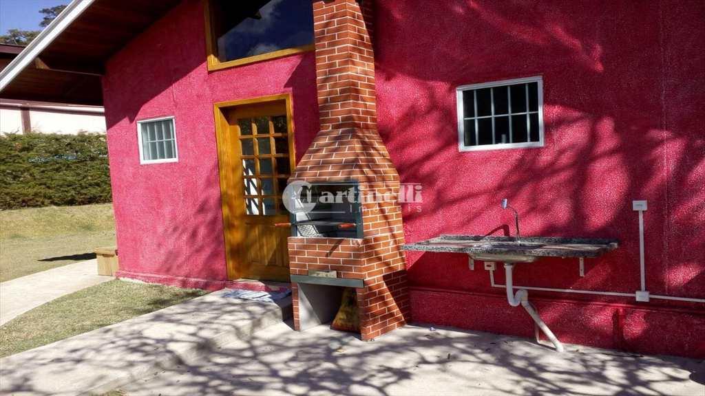 Casa em Santo Antônio do Pinhal, no bairro Zona Rural