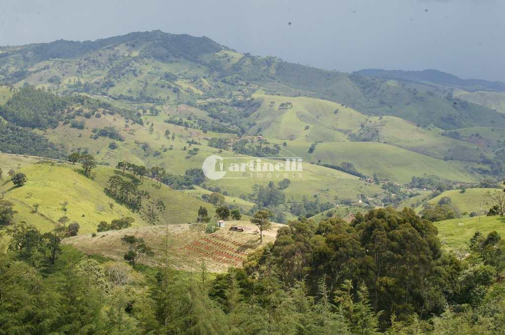 Fazenda em São Bento do Sapucaí, no bairro Zona Rural