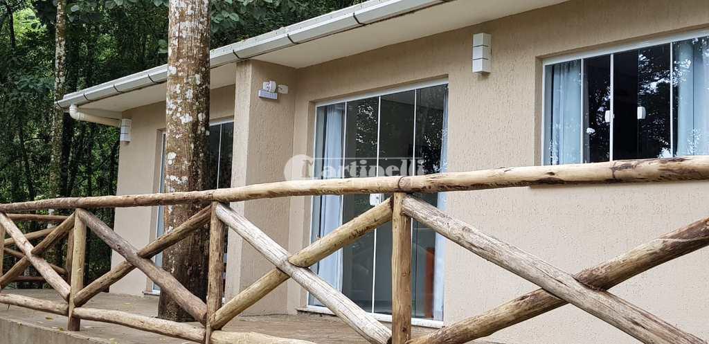 Casa de Condomínio em Santo Antônio do Pinhal, no bairro Urbano