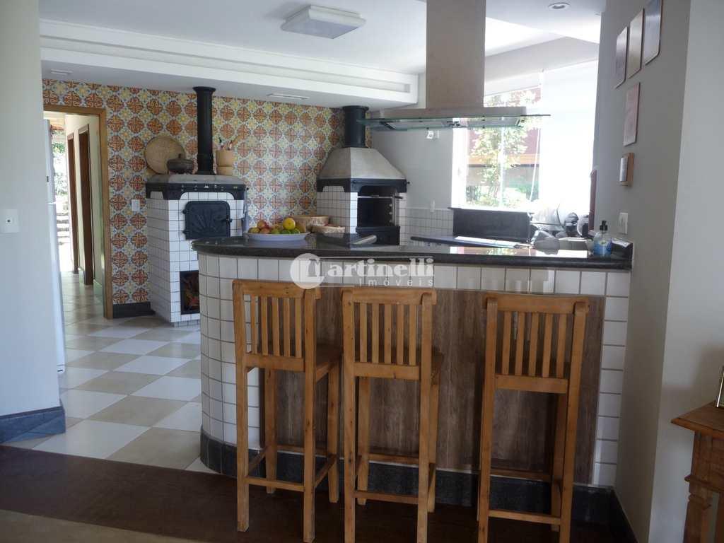 Casa de Condomínio em Santo Antônio do Pinhal, no bairro 10 Km do Centro
