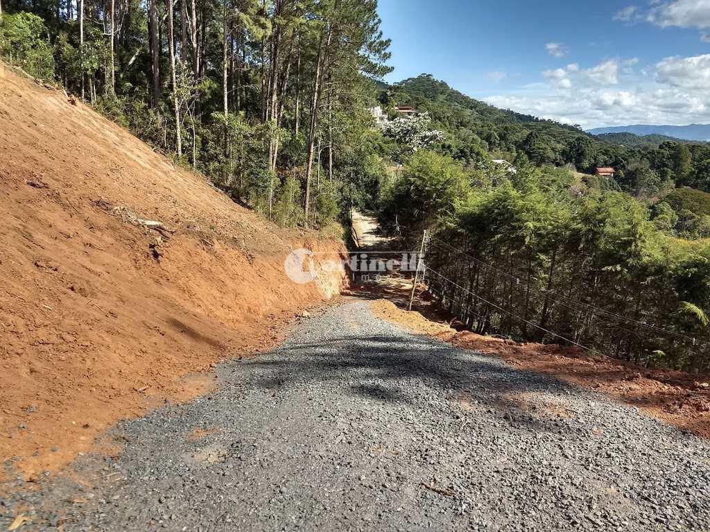 Terreno de Condomínio em Santo Antônio do Pinhal, no bairro Aprox 1 Km do Centro