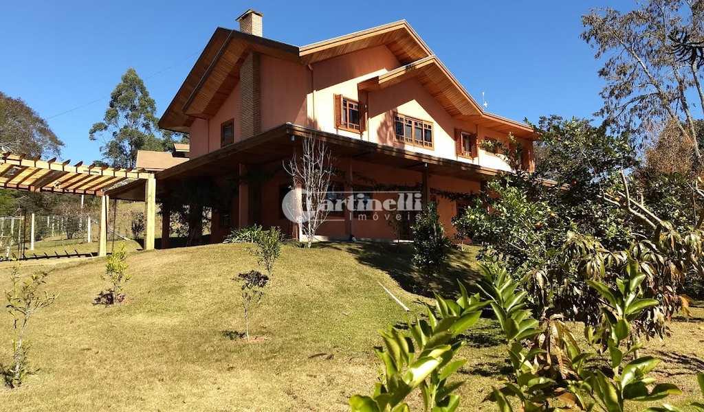 Casa de Condomínio em Santo Antônio do Pinhal, bairro 10 Km do Centro