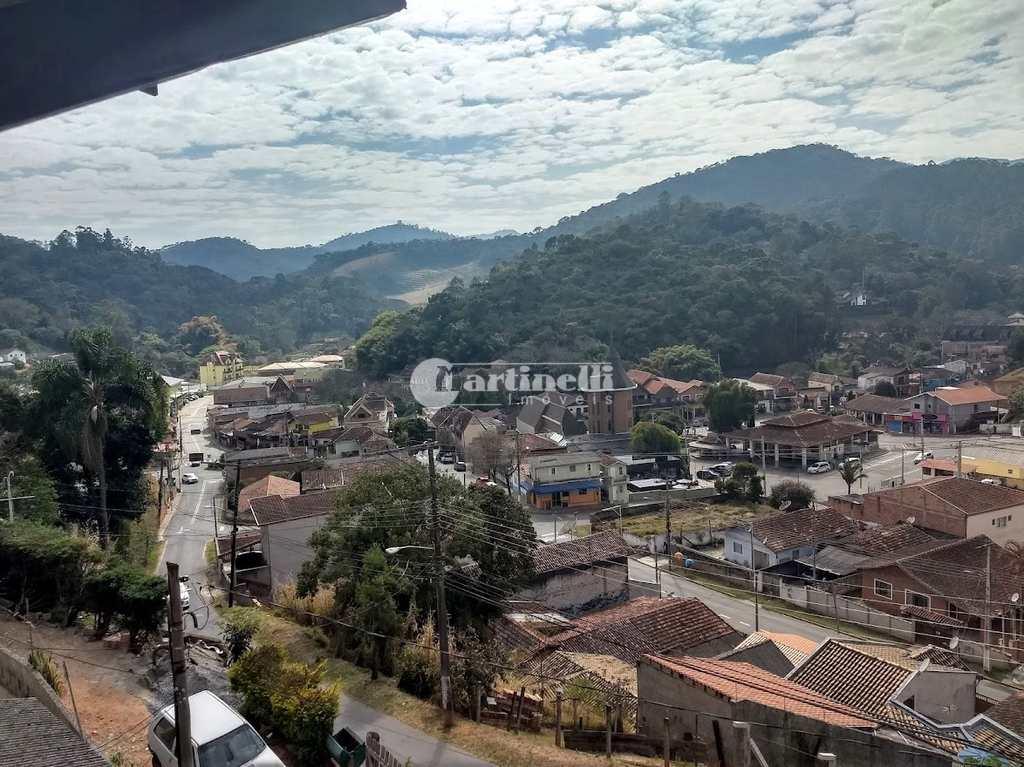 Sobrado Comercial em Santo Antônio do Pinhal, no bairro Centro